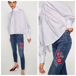 ZARA MID RISE SKINNY EMBROIDERED ANKLE JEANS